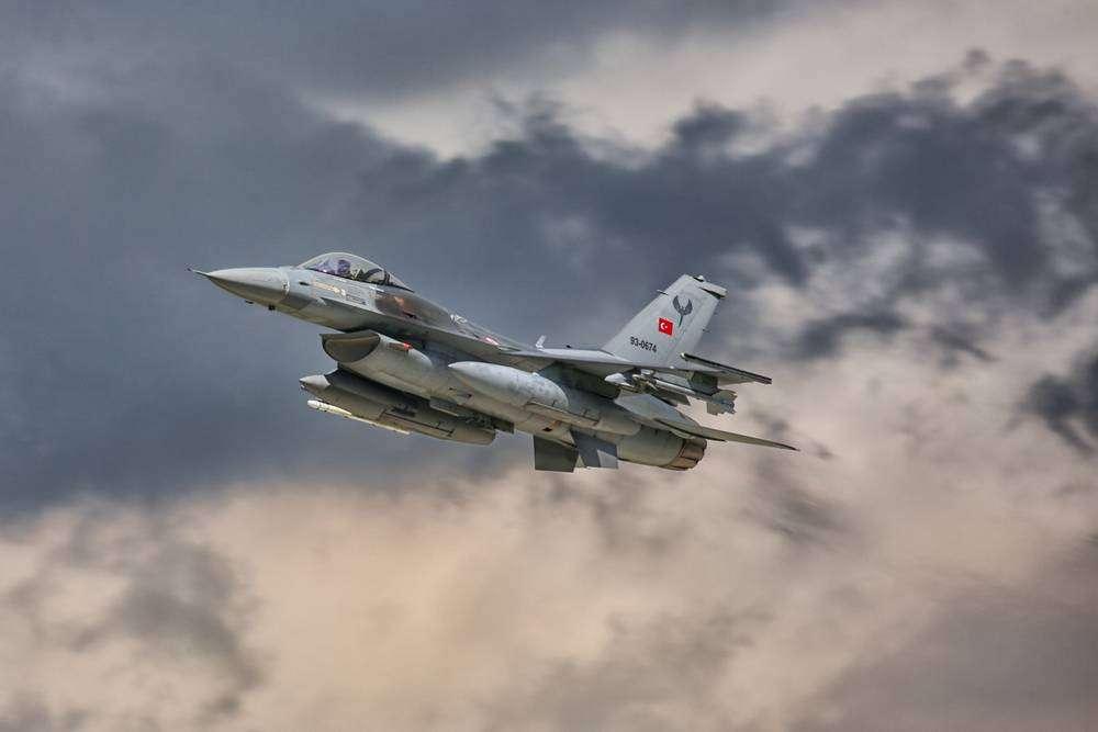 türk f16 ermenistan sınırında uçtu